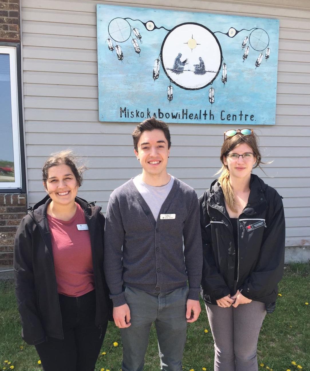 Rady Faculty students at Lake Manitoba First Nation.