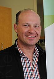 Portrait of Dr. Robert Schroth.
